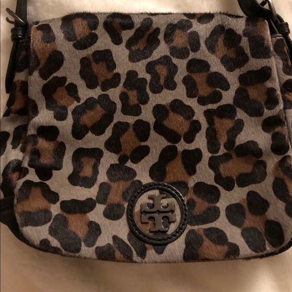 dc378d68a09f Tory Burch Leopard Crossbody Calf Hair Bag. M_5bf23a074ab63334ad553bd7